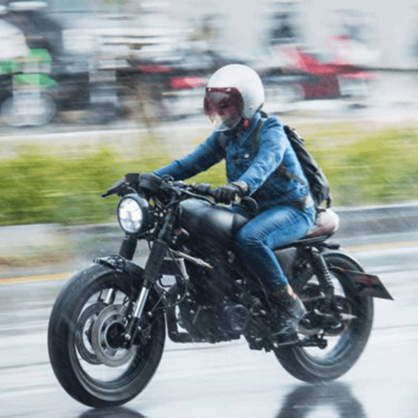 Motorcycle-in-the-rain