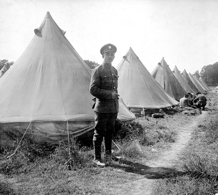 Bell-Tent-With-British-Soldier